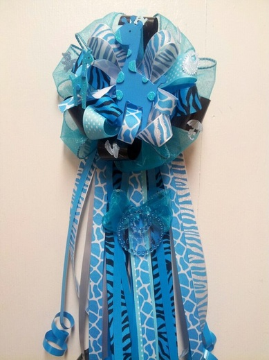 Awesome Sweet Safari Blue Giraffe Corsage